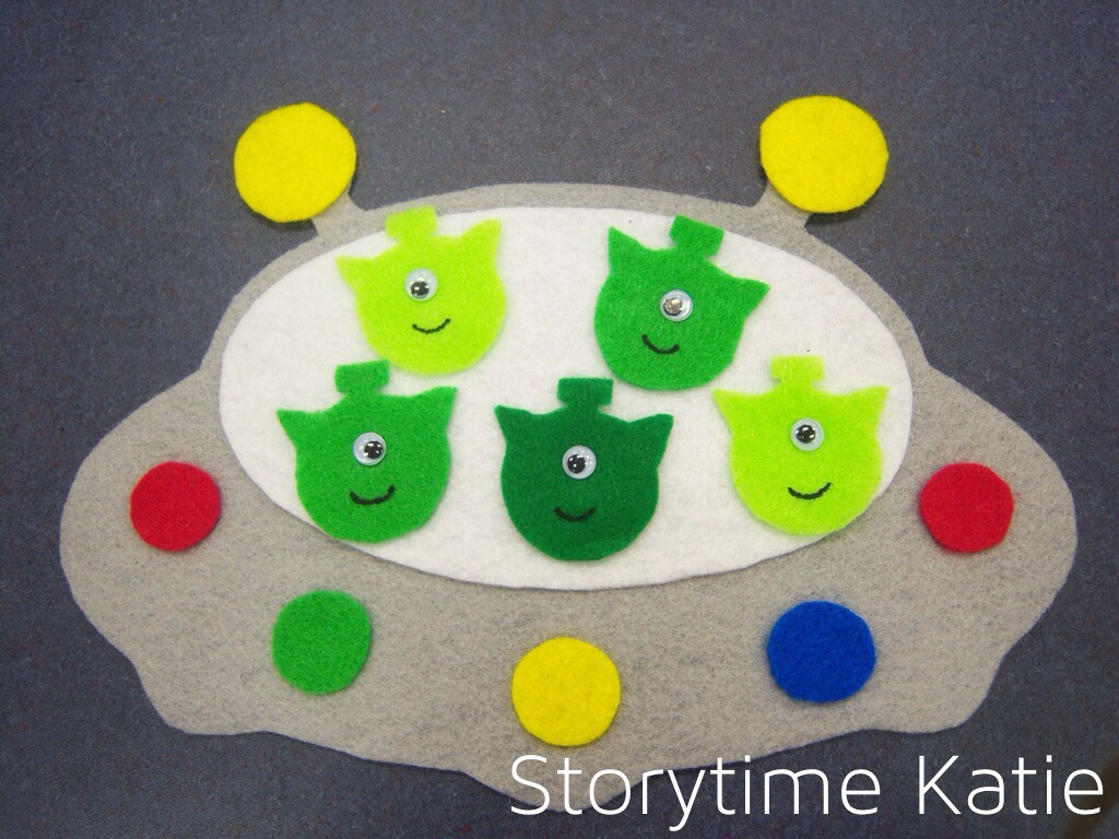 Flannel Friday Five Little Men In A Flying Saucer Storytime Katie